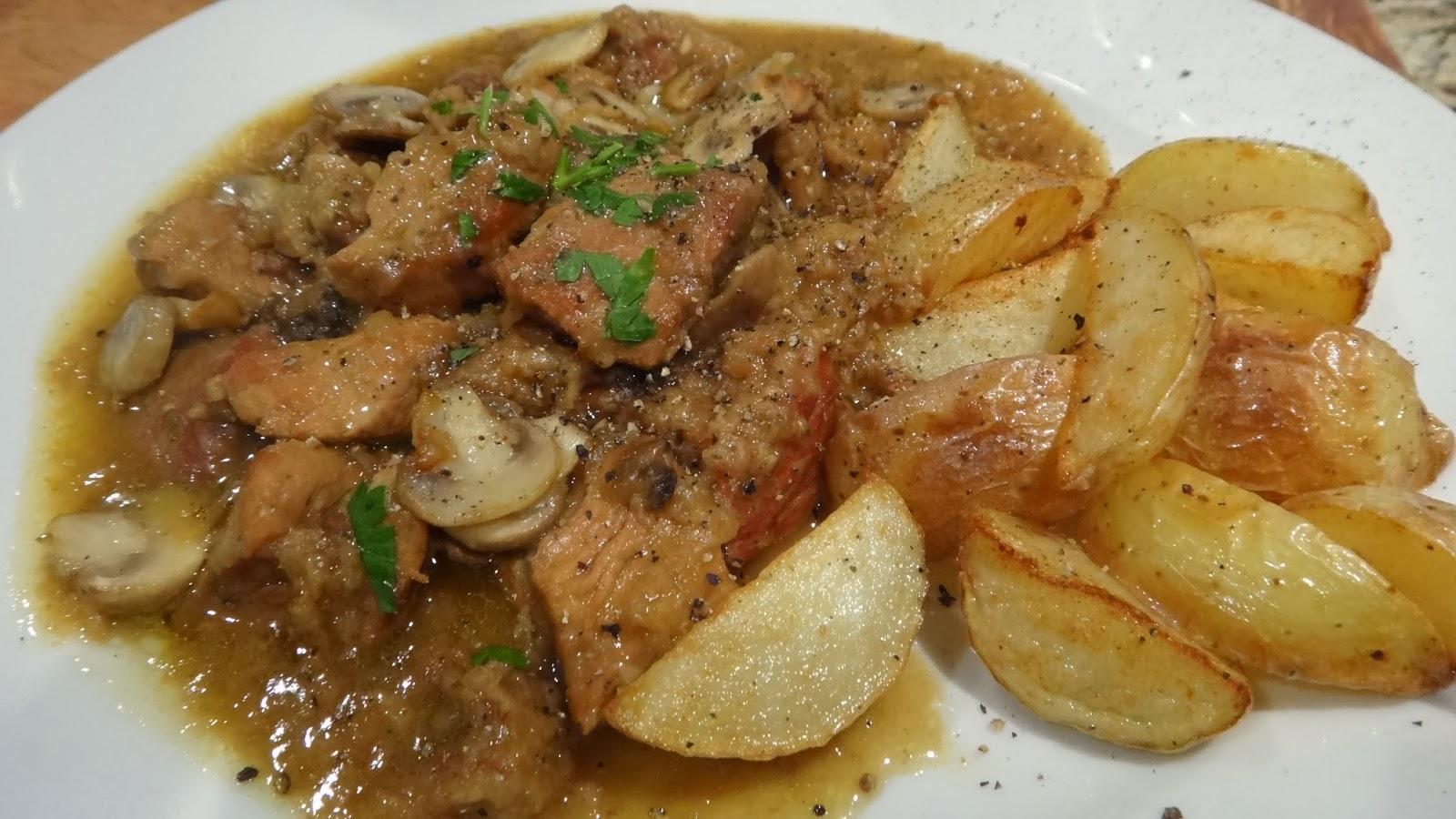 Varkens Stoofvlees – Belgian Pork Stew cooked in Beer « I WANT TO ...